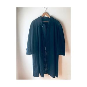 Men's Vintage NWOT  Classic Burberry Trench Coat